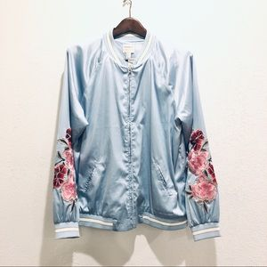 Forever 21 || Casual Embroidered Pale Blue Jacket